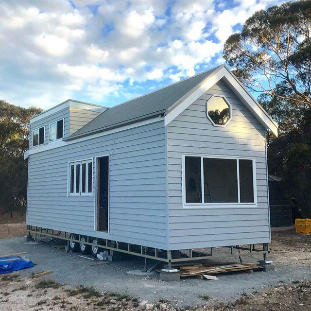 Nu-View Aluminium Windows, Doors & Glass - Windows new build tiny home